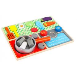 Mediniai žaislai - virtuvė